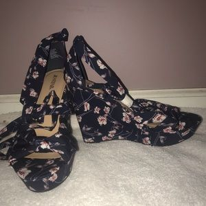 Blue/White Flower Platform Wedge Heeled Sandals